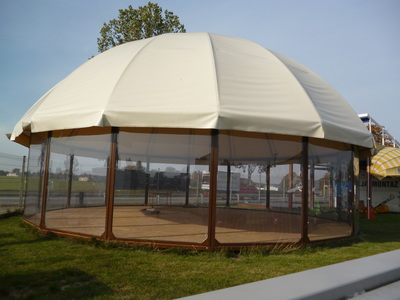 All Season Porolet market stall tents have the highest strength-to-weight ratio than any dome tent made of the same materials, making Porolet' domes strong, durable, lightweight, and highly portable.