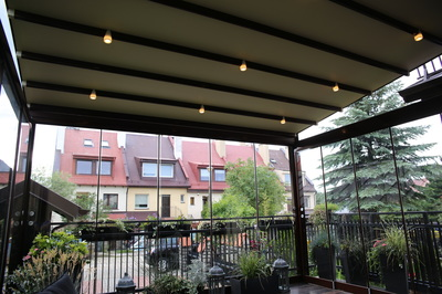 Whether you're seeking shelter from the sun's intense rays, or simply jazzing up the backyard, you'll appreciate the many unique benefits of Porolet® Retractable Awnings.