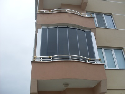 The Porolet balcony solutions from Balcony Systems are of a revolutionary innovative design which maximizes visibility and the views available from any balcony.